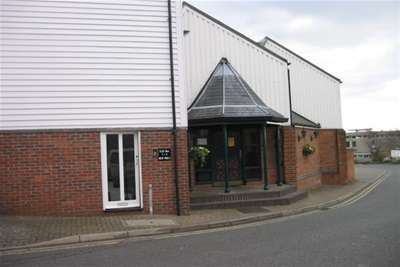 2 Bedrooms Flat for rent in Silks Way, Braintree