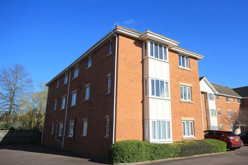 2 Bedrooms Apartment Flat for sale in Beaumont Court, Flitwick, MK45