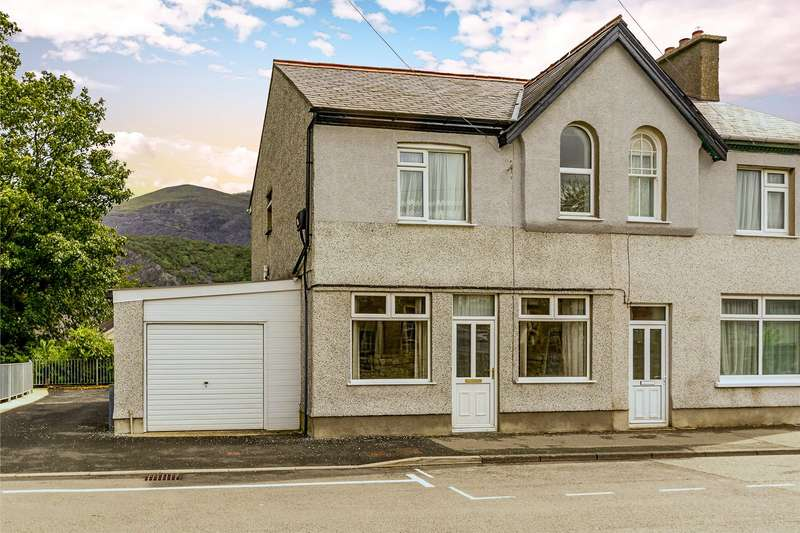 4 Bedrooms Semi Detached House for sale in High Street, Llanberis, Caernarfon, LL55