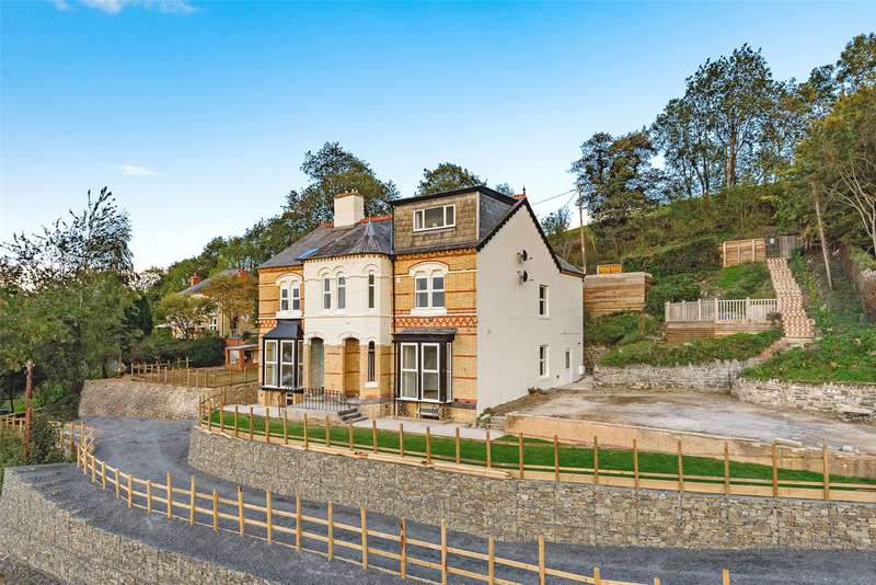 6 Bedrooms House for sale in Upper Dolfor Road, Newtown, SY16 3AB