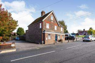 6 Bedrooms Detached House for sale in North Street, Turners Hill, ., West Sussex