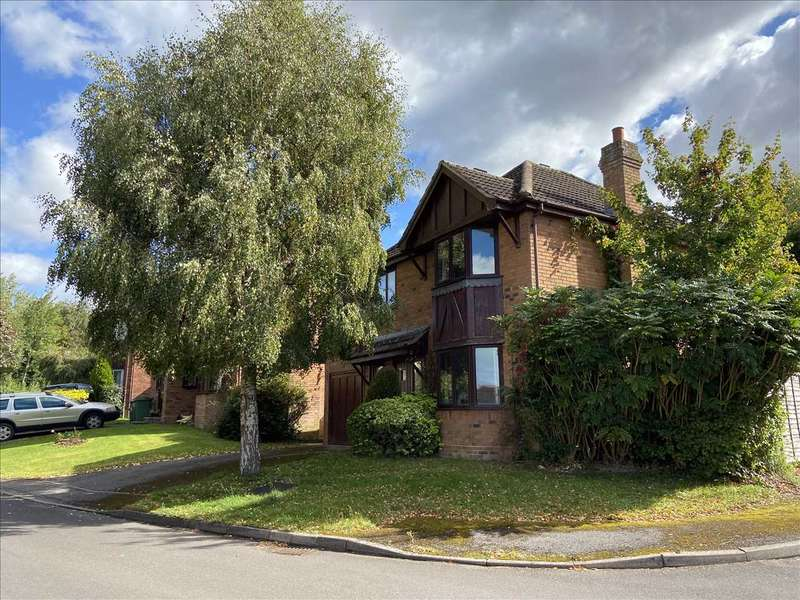 4 Bedrooms Detached House for sale in Two Gate Meadow, Overton