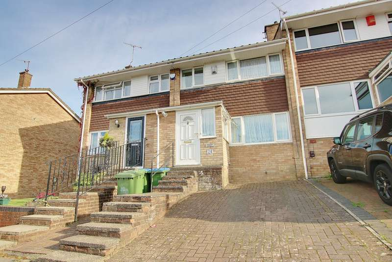 3 Bedrooms Terraced House for sale in DRIVEWAY! UTILITY ROOM! KITCHEN/DINER! GORGEOUS SHOWER ROOM!