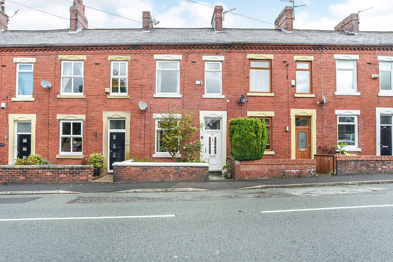 3 Bedrooms Property for sale in Buckstones Road, Shaw, OL2