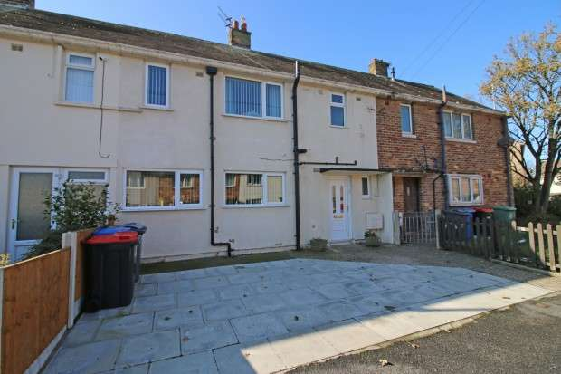3 Bedrooms Terraced House for sale in Rothay Avenue, Fleetwood, FY7