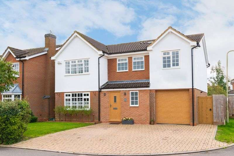 5 Bedrooms Property for sale in Shearwater Drive, Bicester