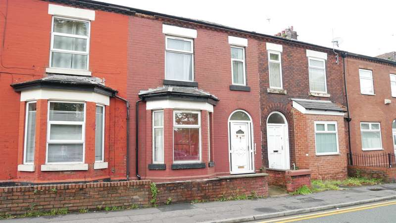3 Bedrooms Property for sale in Reddish Lane, Manchester