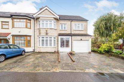 4 Bedrooms End Of Terrace House for sale in Gants Hill, Ilford, Essex