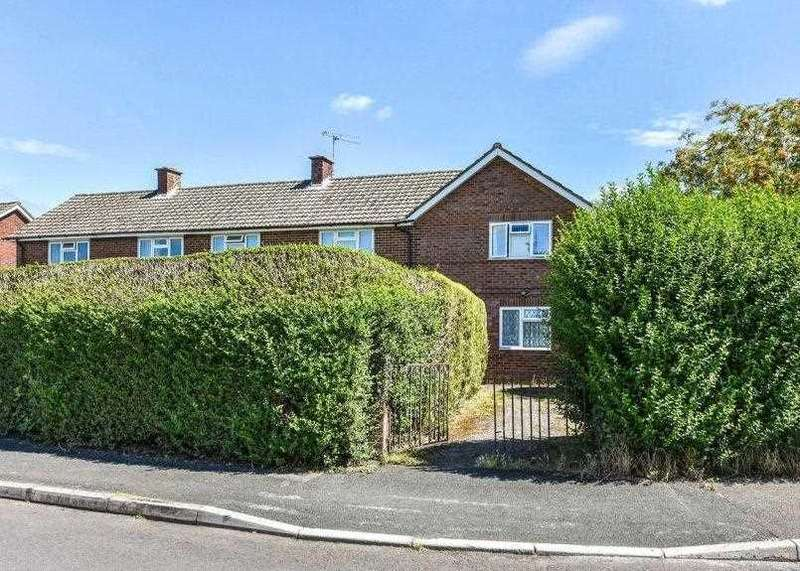 1 Bedroom Property for sale in Flat 4, 2 The Mead, Liphook