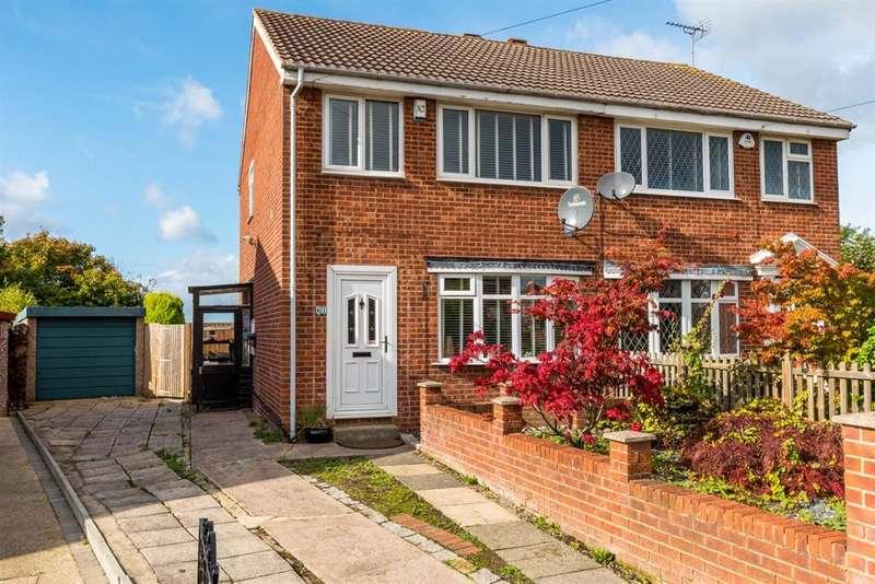 3 Bedrooms Semi Detached House for sale in Eden Crescent, Headingley, LS4