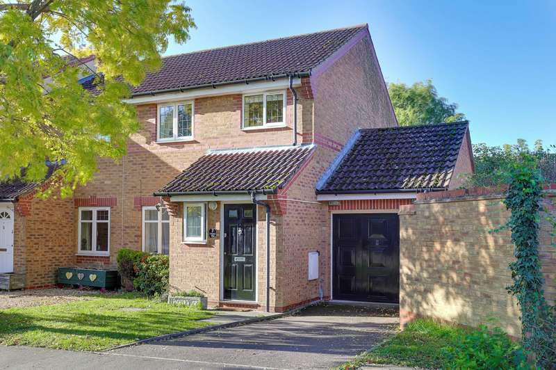 3 Bedrooms Semi Detached House for sale in Elbourn Way, Bassingbourn, SG8