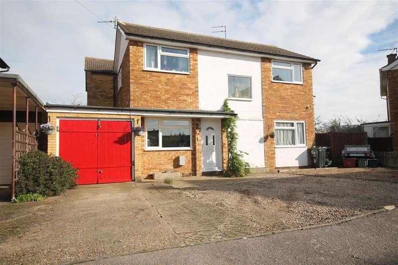 5 Bedrooms Detached House for sale in James Gardens, St Osyth