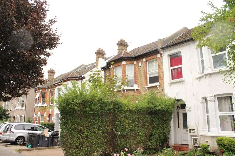 1 Bedroom Property for rent in Avondale Road, South Croydon