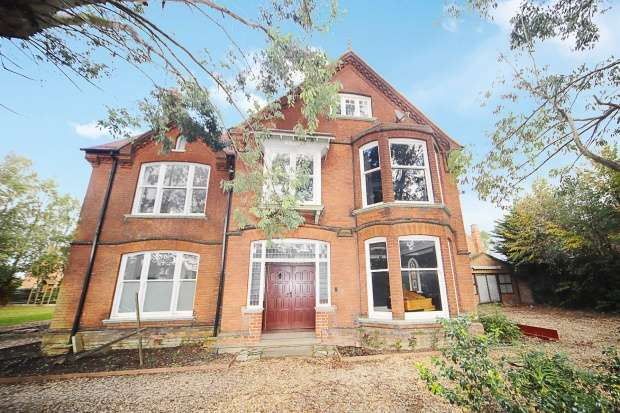 Detached House for sale in Elm High Road, Wisbech, Cambridgeshire, PE14 0DP