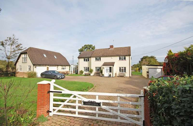 5 Bedrooms Detached House for sale in Braintree Road, Cressing, Braintree, CM77