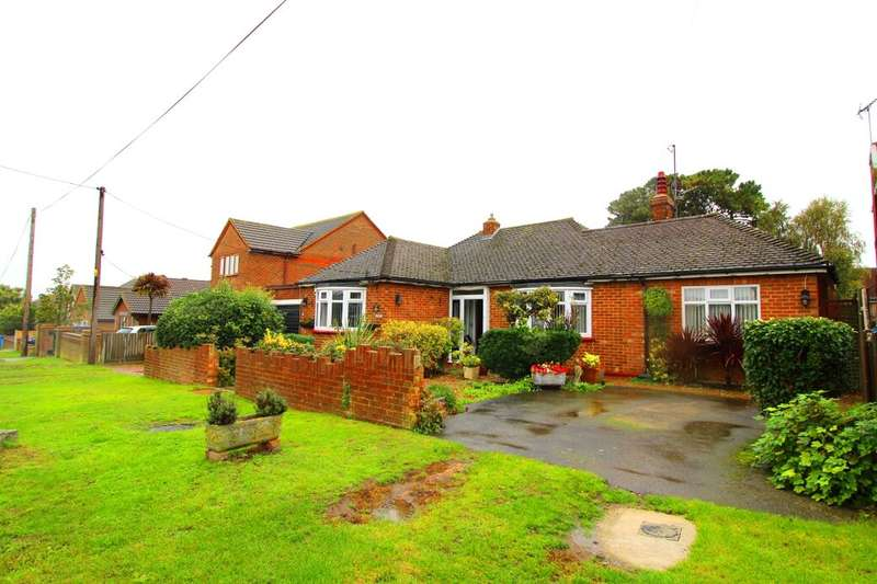 3 Bedrooms Detached Bungalow for sale in Imperial Avenue, Minster On Sea, Sheerness, ME12
