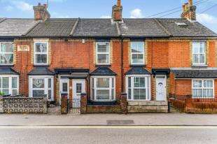 2 Bedrooms House for sale in Holland Road, Maidstone, Kent