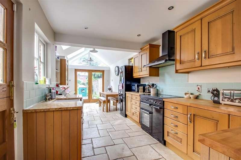 4 Bedrooms Semi Detached House for sale in Westbury Terrace, Westerham
