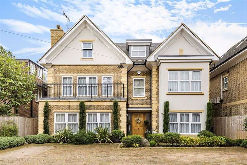 5 Bedrooms Detached House for sale in Oakleigh Park North, Whetstone, London