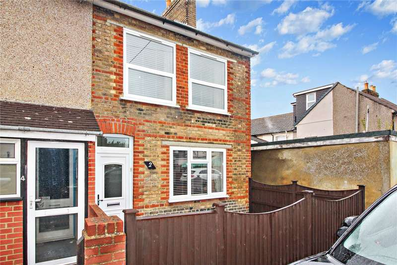 3 Bedrooms End Of Terrace House for sale in Cowper Road, Sittingbourne, ME10