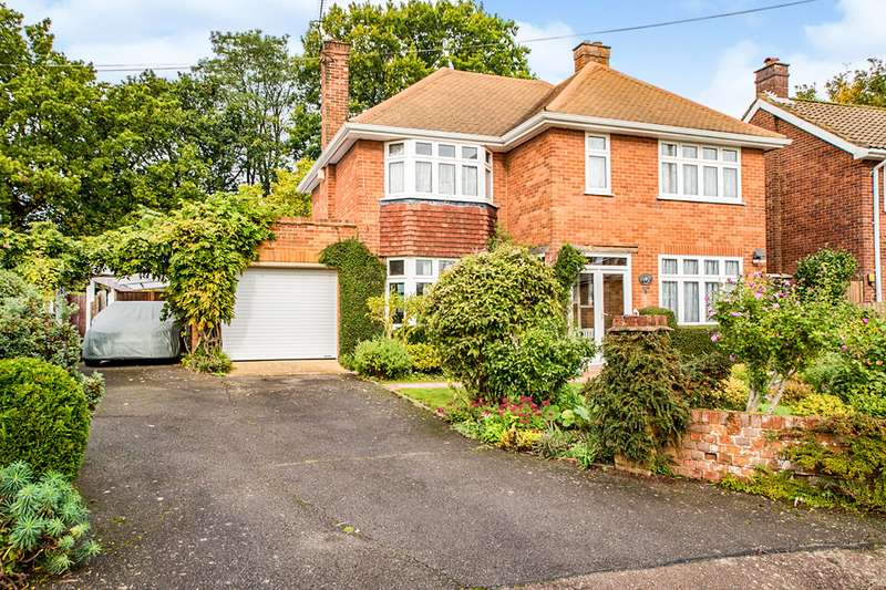 4 Bedrooms Detached House for sale in Nettlecroft, Boxmoor, Hemel Hempstead, Hertfordshire, HP1