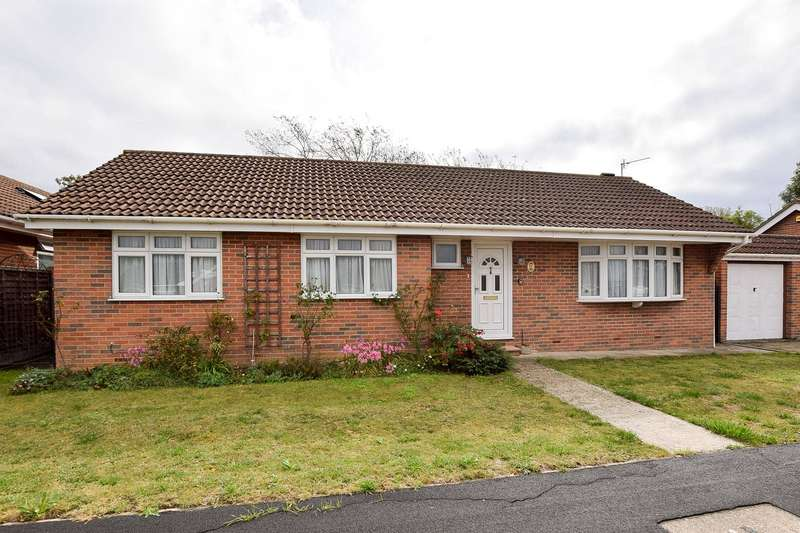 3 Bedrooms Detached Bungalow for sale in St. Margarets Close, Whitstable