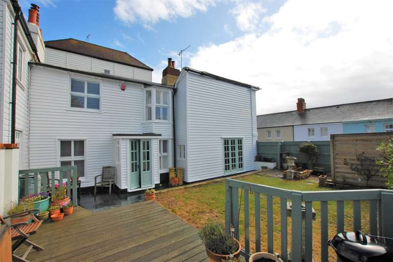 4 Bedrooms Semi Detached House for sale in Sandgate High Street, Sandgate, CT20