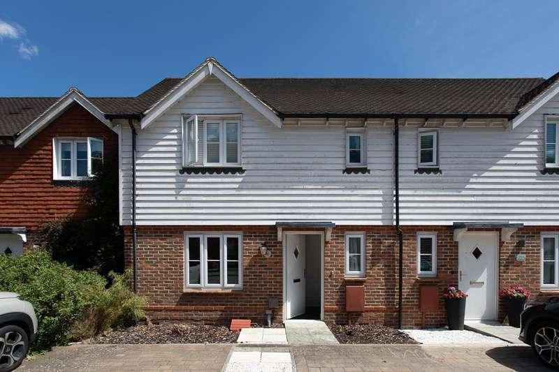 4 Bedrooms Terraced House for sale in Green Fields Lane, Singleton, Ashford