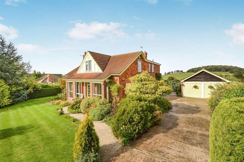 4 Bedrooms Detached House for sale in Rasen Road, Tealby, Market Rasen