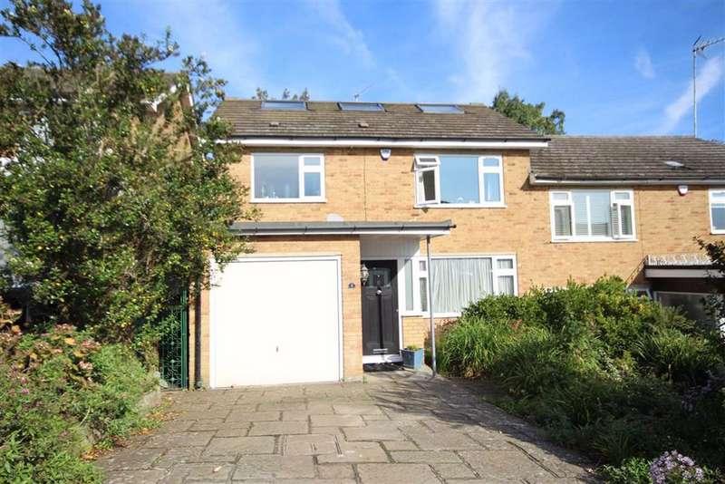 4 Bedrooms House for sale in Denewood, New Barnet, Hertfordshire