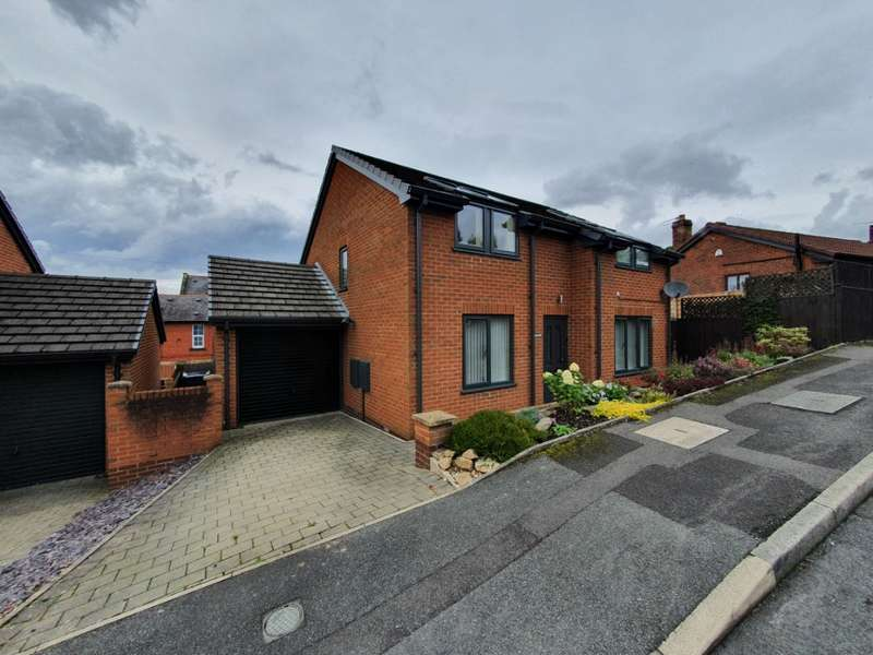 4 Bedrooms Detached House for sale in Old Croft, Saddleworth, Oldham, OL4 4RX