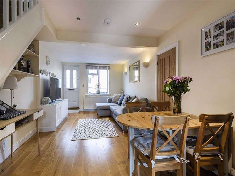 2 Bedrooms Terraced House for sale in Milton Road, Dunton Green, TN13
