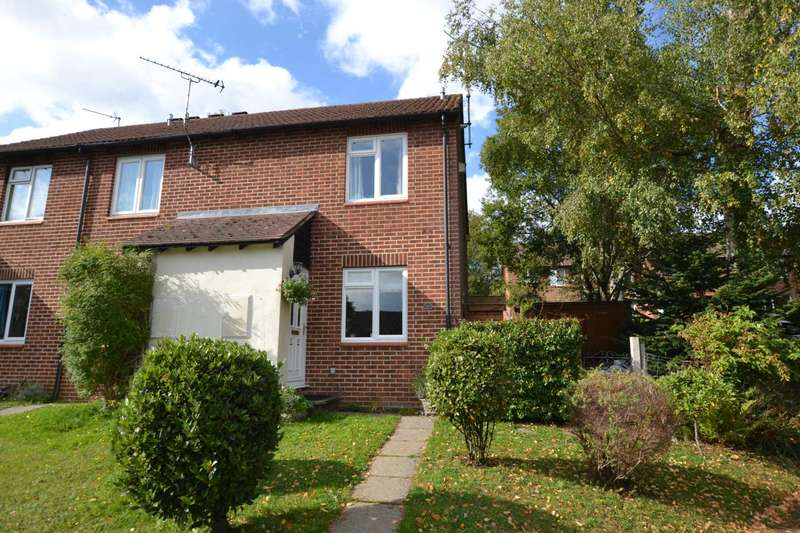 2 Bedrooms End Of Terrace House for sale in Grafton Close, Whitehill, Hampshire, GU35