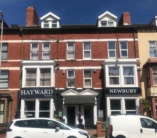 24 Bedrooms Hotel Gust House for sale in -39 Dickson Road, Blackpool, FY1
