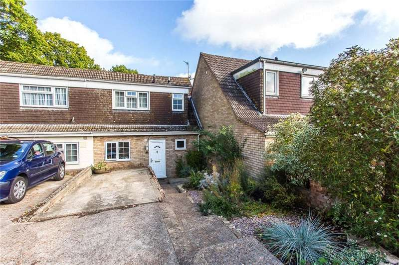3 Bedrooms Terraced House for sale in Arundel Close, Lordswood, Kent, ME5