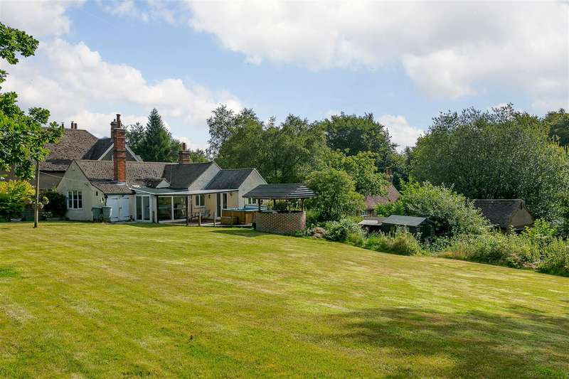 3 Bedrooms Detached Bungalow for sale in Toys Hill, Westerham