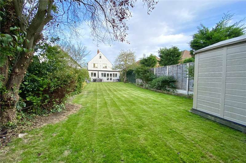 5 Bedrooms Detached House for sale in Amersham Road, Beaconsfield, HP9