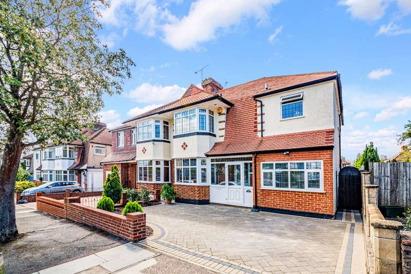 4 Bedrooms Semi Detached House for sale in Crest Road, Hayes, BR2