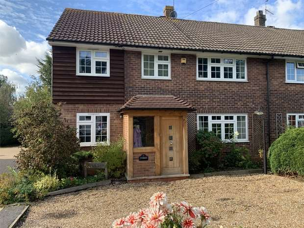 4 Bedrooms Semi Detached House for sale in Farm Side, Homedean Road, Chipstead, Sevenoaks, Kent