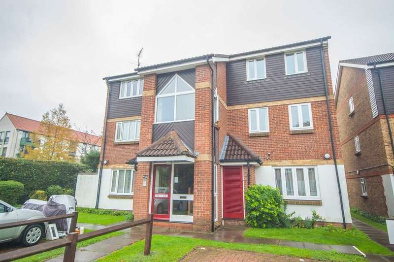 1 Bedroom Apartment Flat for sale in Pearce Manor, Nr City Centre, Chelmsford, CM2