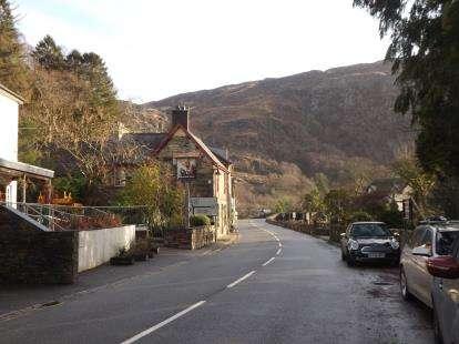 3 Bedrooms End Of Terrace House for sale in Caernarfon Road, Beddgelert, Caernarfon, Gwynedd, LL55