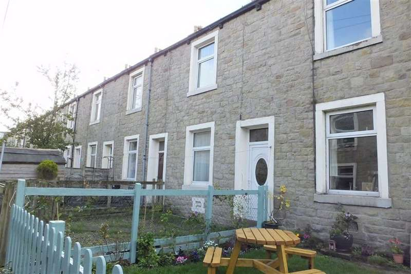2 Bedrooms Terraced House for sale in Railway Street, Barnoldswick, Lancashire, BB18