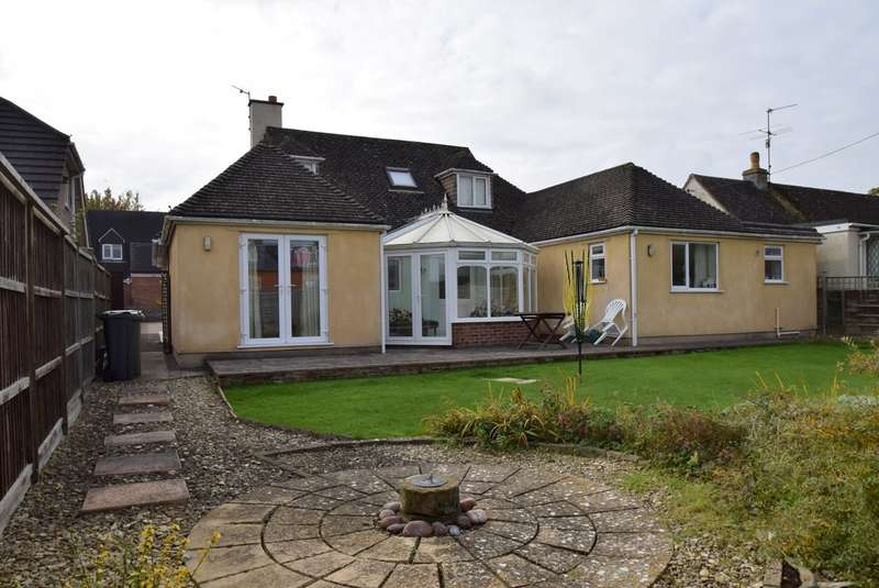 4 Bedrooms Detached Bungalow for sale in The Nursery, Kings Stanley, Stonehouse, GL10