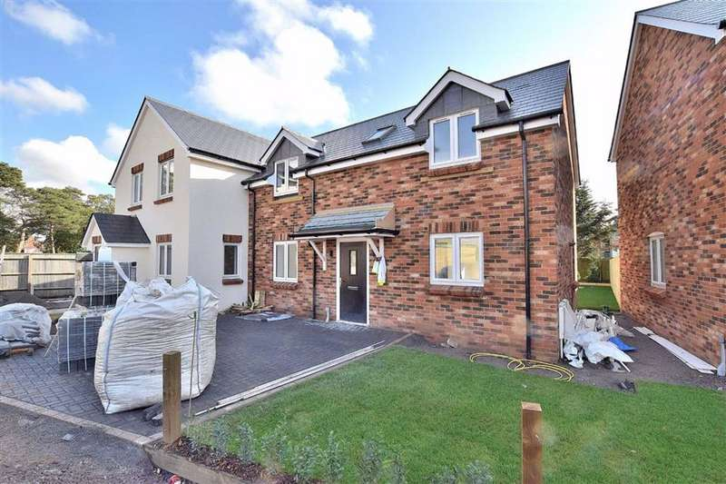 3 Bedrooms Semi Detached House for sale in Pennington