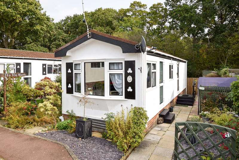 2 Bedrooms Mobile Home for sale in Protected: Bluebell Woods, Canterbury