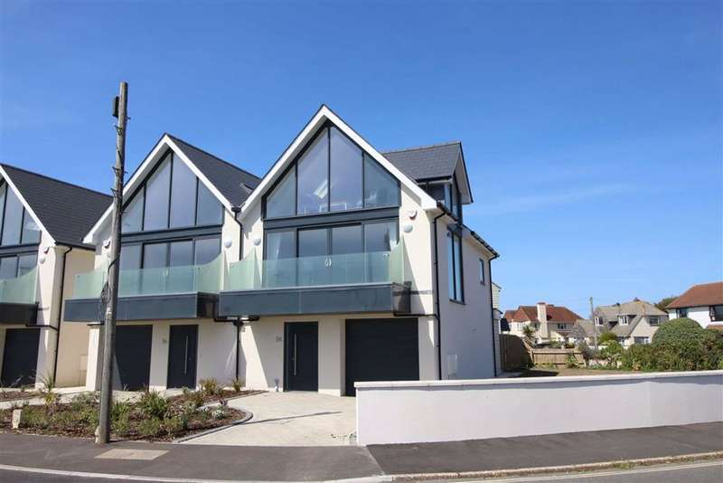 3 Bedrooms House for sale in Hurst Road, Milford on sea, Hampshire