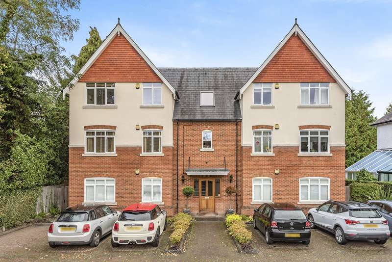 2 Bedrooms Flat for sale in Ashley Road, Walton-On-Thames, KT12
