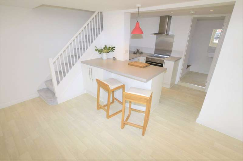 3 Bedrooms Terraced House for sale in Slad Road, STROUD, Gloucestershire, GL5