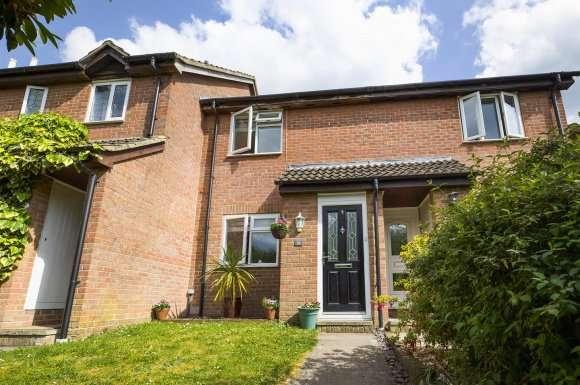 2 Bedrooms Property for sale in Gloucester Drive, Basingstoke