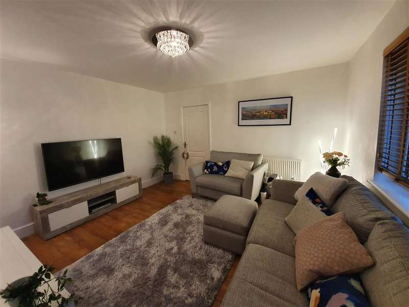 3 Bedrooms Semi Detached House for sale in Maidstone Road, , Rochester, Kent